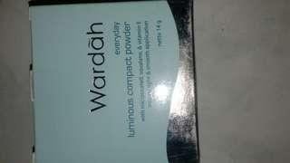 wardah luminous compact powder natural beige 01