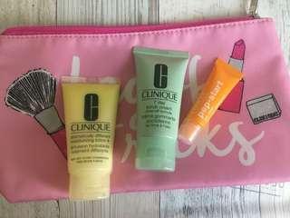 Clinique Set with Makeup Bag 1
