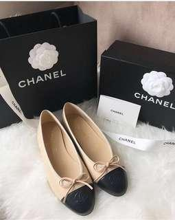 Chanel flats ALMOST NEW