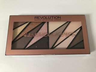 Makeup Revolution Revoholic Palette