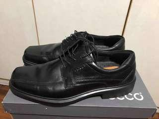 Ecco Black Leather Shoes