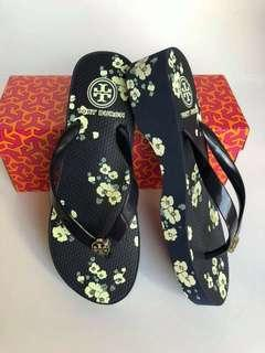 TORY BURCH SANDALS (browse pics)