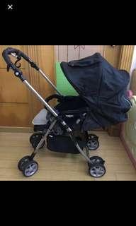 Combi BB 嬰兒車