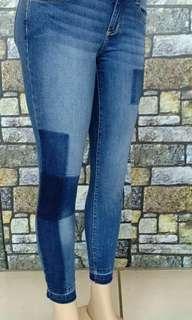 Dessy jeans