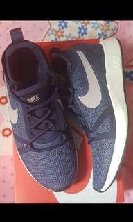 Nike Duel Racer Running shoes for women. Size 8 US