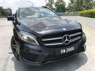 Mercedes Benz GLA 250 4 Matic