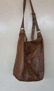 Rabeanco brown leather bag