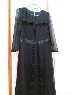 全新 黑色絲質連身裙