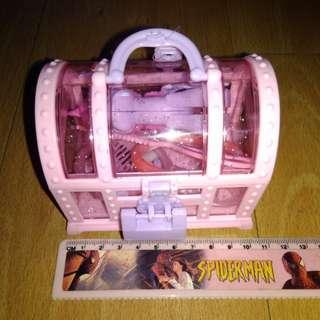 BRANDNEW LITTLE PONY BEAUTY KIT in a TREASURE BOX