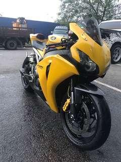 Honda CBR1000RR 09