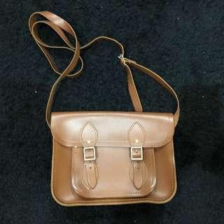 VGC cambridge small satchel 25 cm