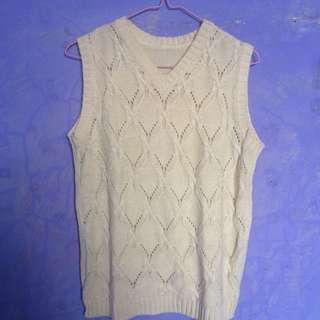Knitted vest yellow