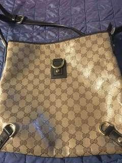 gucci crossbody bag( authentic)