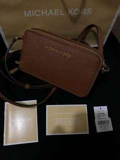 Michael Kors wallet & phone crossbag