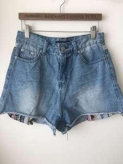 台灣品牌 牛仔短褲 shorts
