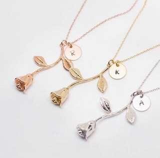 Engrave letter rose necklace 🌹