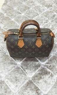 正品LV手提包🎉超低價賠售含運