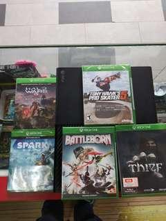 XBOX One set (Used) with 5 games (New)