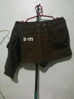army green palda short