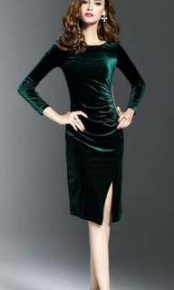 🚚 秋冬新款韓版修身顯瘦中長款金絲絨洋裝開叉包臀時尚洋裝,L號,一件全新