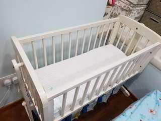 mothercare swinging crib with mattress and bedsheet
