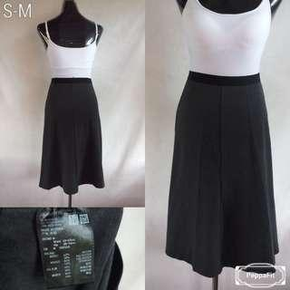 Uniqlo Gray Skirt