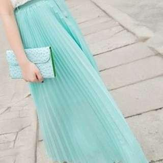 MAROON LONG PLEATED SKIRT (NEW WITH TAG PLUS BELT )