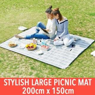Large Picnic Mat. Portable Folding Waterproof Beach Picnic Mats. Large Size, 200cm x 150cm. High Quality & Easy to Wash!