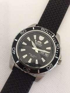 Black Orient Mako XL 48mm Day-Date Watch