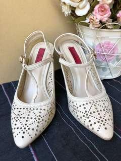 Cardinal shoes sz 37