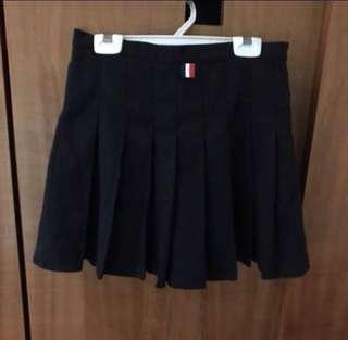 🚚 黑色百褶裙