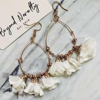 [Sold Out] Ava Rose Earrings (Pure White)