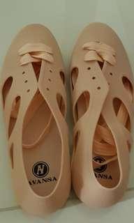 Rubber sandals