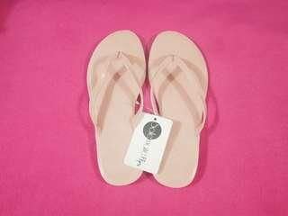 Preloved Footwear (Solemate Pink Slippers)