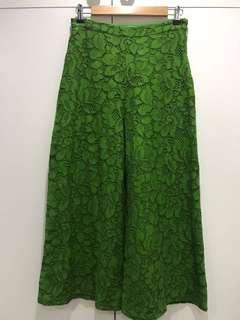 Green lace cullotes