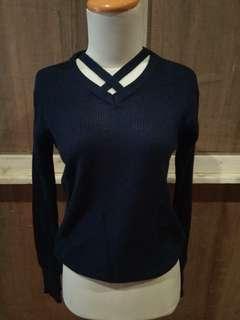 Preloved blouse rajut silang ada 2 warna navy dan bata