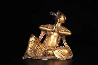 藏傳,銅鎏金「飛天」坐像