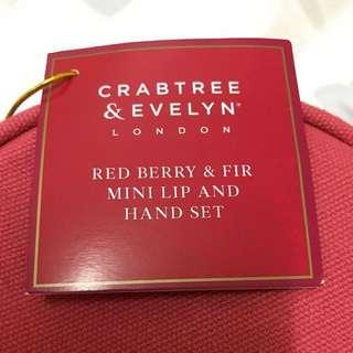 Crabtree & Evelyn Red Berry & Fir mini lip & hand set
