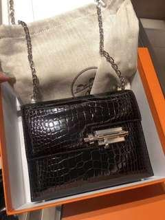 Hermes verrou Alligator