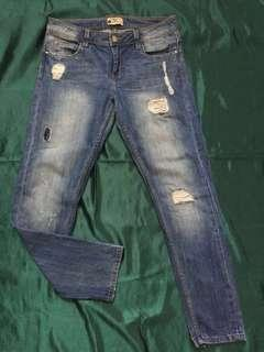 Authentic Terranova Boyfriend Ripped Jeans