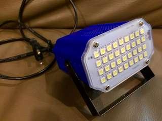 Mini sound control strobe light (36 LEDs)