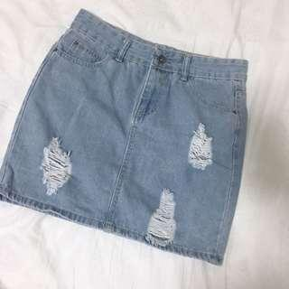 DENIM SKIRT RIPPED