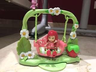Strawberry shortcake swing toy