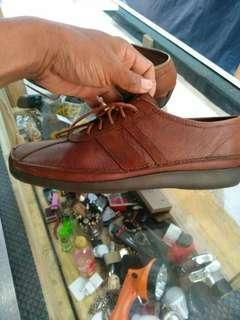 Sepatu Hush puppies original