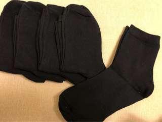 🚚 黑色襪子*5