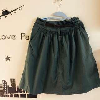 🚚 墨綠及膝裙