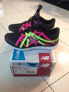 New Balance 811 V2 Women's Training Shoes