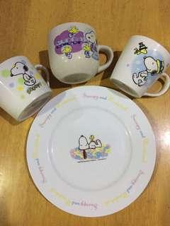 Snoopy Cups & Plates