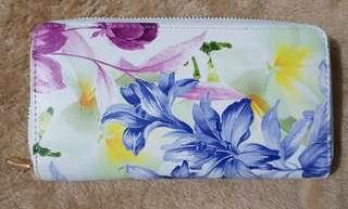 Bench floral wallet
