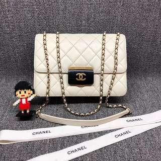 💯% Authentic Chanel Classic